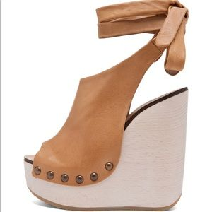CHLOE leather wrap around wedges